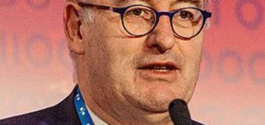Former European Commissioner Phil Hogan Joins the Astra Protocol Advisory Board 2